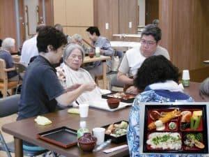 春のお食事会を開催しました。 ご家族の皆様も多数参加して下さり、賑やかな食事会となりました