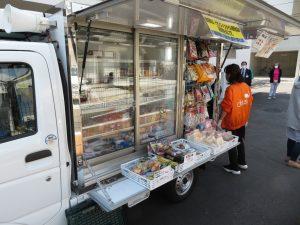 こちらには、冷蔵された生鮮もの、卵やお肉・お魚から乳製品・・・